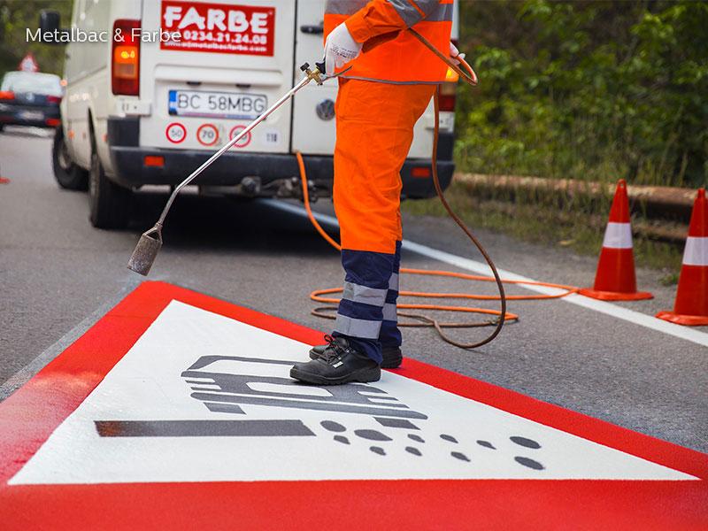 Verkehrszeichen; Straßenschilder; Straßenmarkierungsfarbe; thermoplastische Fahrbahnmarkierung; vorgefertigte thermoplastischen-thermoplastik; Fahrradwege; thermoplastik Straßenmarkierung; parkplatzmarkierung; Zebrastreifen
