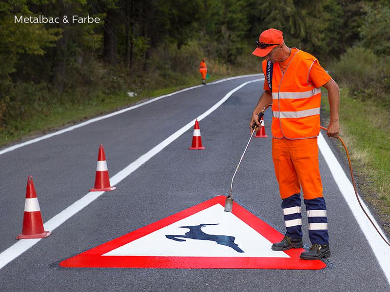 Verkehrszeichen; Straßenschilder; Straßenmarkierungsfarbe; thermoplastische Fahrbahnmarkierung; vorgefertigte thermoplastischen-thermoplastik; Fahrradwege; thermoplastik Straßenmarkierung; Strassenmarkierung; bodenmarkierungen