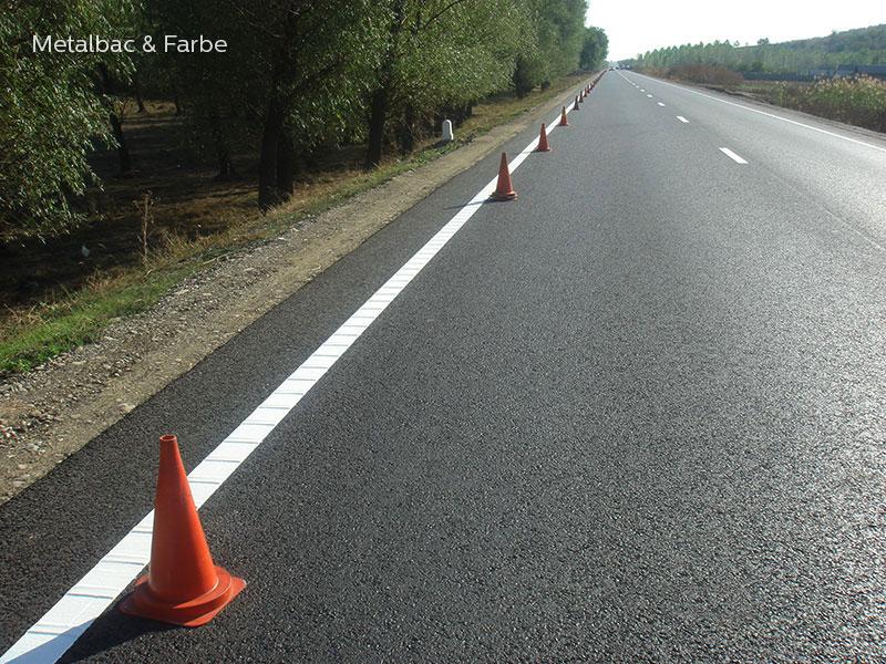multidot-spotflex-strukturierte-agglomerat Fahrbahnmarkierung; multidot-spotflex-strukturierte-agglomerat Straßenmarkierung thermoplastik; thermoplastische Fahrbahnmarkierung; thermoplastische Straßenmarkierung; Zebrastreifen