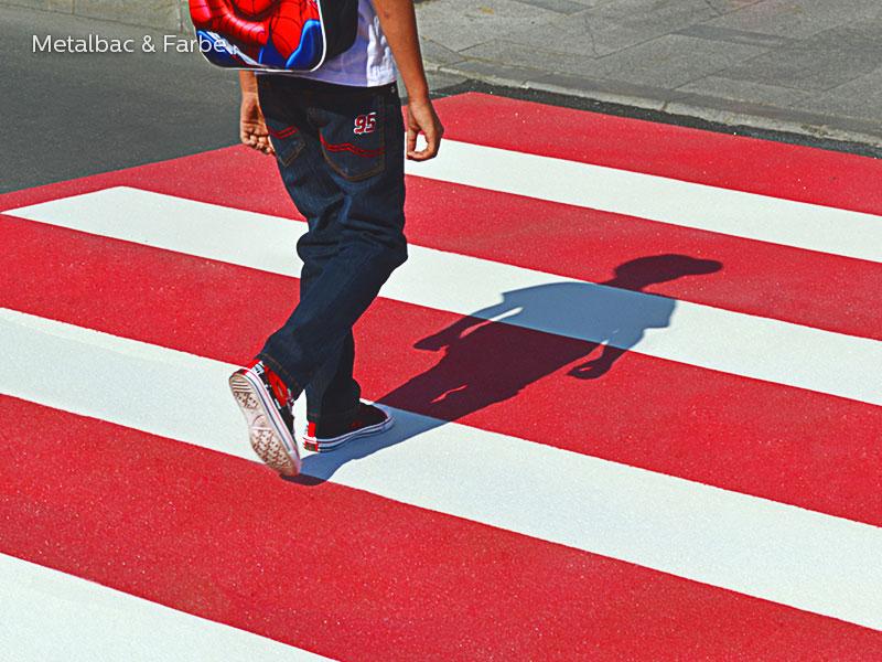 panneaux de signalisation; peinture pour marquage au sol; marquage routier horizontal thermocollant; signalisation routière horizontale; thermocollé préfabriqué; thermoplastique préfabriqué; signalétique au sol; passage piéton; sécurité routière