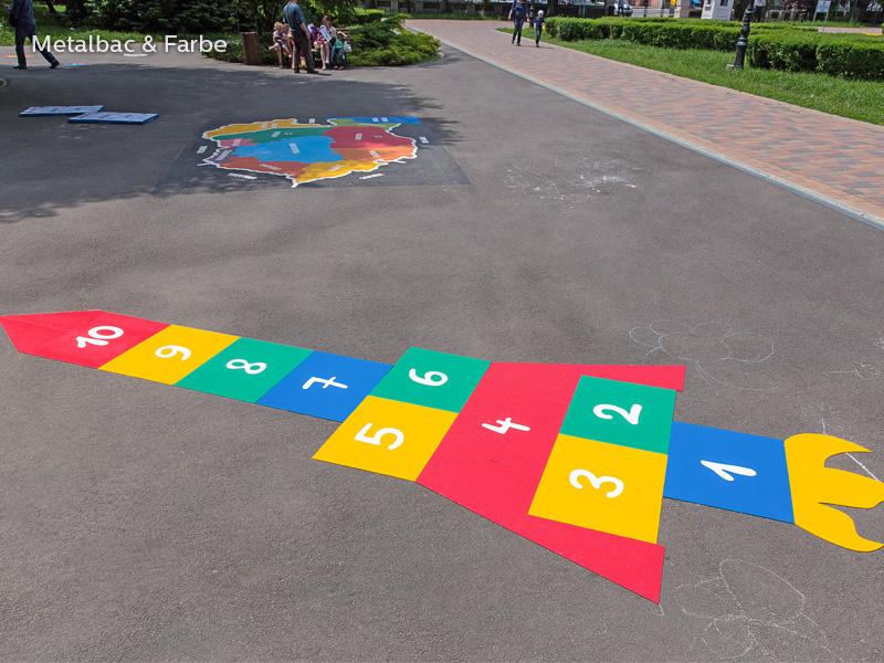 giochi per bambini da esterno; giochi di dinosauri; giochi di animali; giochi matematici all'aperto; parco giochi; giochi di draghi; segnali stradali; cartelli stradali; gioco labirinto; gioco serpente; gioco coccodrillo; gioco twister