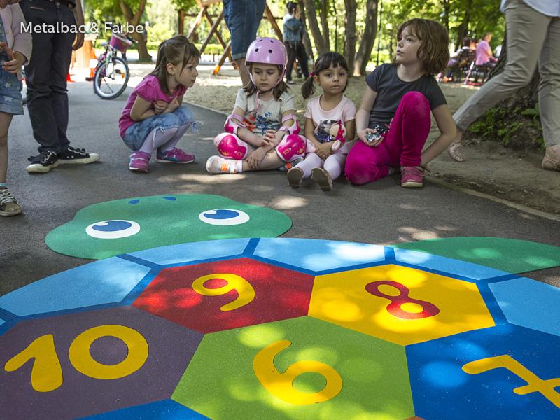 jocuri logice; jocuri cu dinozauri; jocuri educative pentru copii; locuri de joaca pentru copii; jocuri cu dragoni; jocuri de copii; jocuri cu animale; jocuri de matematica; material plastic; joc sah; jocuri labirint; jocuri educationale
