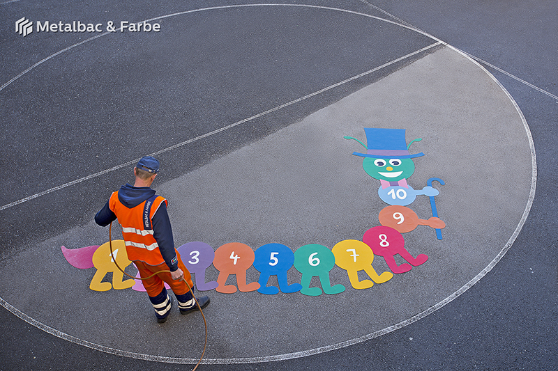 Gry edukacyjne dla dzieci; gry dla dzieci; podwórkowe gry matematyczne; podwórkowe gry logiczne; plac zabaw dla dzieci; podwórkowe gry ruchowe; podwórkowe gry planszowe; gry asfaltowe; gry na świeżym powietrzu dla dzieci; podwórkowa gry gąsienice
