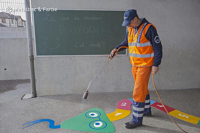 Gry edukacyjne dla dzieci; gry dla dzieci; podwórkowe gry matematyczne; podwórkowe gry logiczne; plac zabaw dla dzieci; podwórkowe gry ruchowe; podwórkowe gry planszowe; gry asfaltowe; gra podwórkowa twister; system słoneczny; mapa; gra wąż