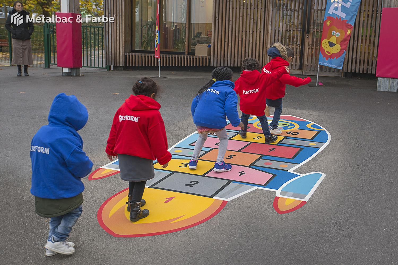 jocuri logice; jocuri cu dinozauri; jocuri educative pentru copii; locuri de joaca pentru copii; jocuri cu dragoni; jocuri de copii; jocuri cu animale; jocuri de matematica; material plastic; jocuri cu rachete; jocuri sotron