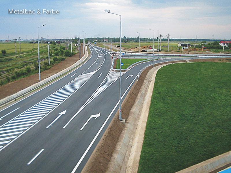 signalisation routière horizontale; signalétique au sol; peinture pour marquage au sol; marquage routier horizontal; peinture solvantée; sécurité routière; trafic routier; peinture routière; panneau de signalisation routière horizontale;