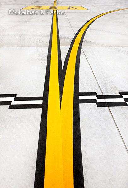 signalisation routière horizontale; signalétique au sol; peinture pour marquage au sol; marquage routier horizontal; peinture solvantée; sécurité routière; trafic routier; panneau de signalisation routière horizontale; piste cyclable