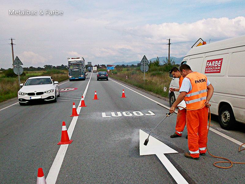 panneaux de signalisation; peinture pour marquage au sol; marquage routier horizontal thermocollant; signalisation routière horizontale; thermocollé préfabriqué; thermoplastique préfabriqué; signalétique au sol; cédez-le-passage; la cour de récréation