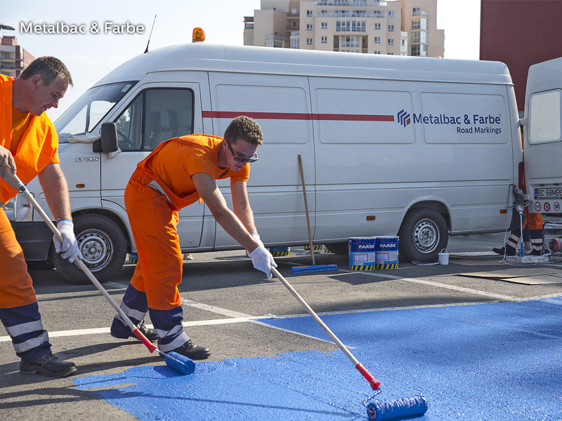 road marking paint; horinzotal road marking signs; road traffic signs; road safety; street signs; playground markings games; asphalt game; two component paint; cold plastic; bicomponent; 2k paint; pedestrian crossings; bicycle track