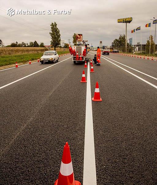 vopsea marcaje rutiere; semne de circulatie; produs vopsea bicomponenta; cold plastic; indicatoare rutiere orizontale de orientare si avertizare; trecere de pietoni; metacrilat de metil; vopsea 2k; drumuri judetene; autostrazi